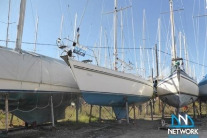 Moody 376 for sale in Greece for €59,000 (£53,005)