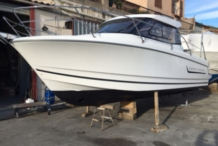 Jeanneau Merry Fisher 755 Marlin for sale in France for €41,000 (£36,468)
