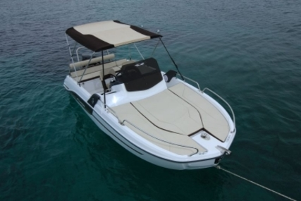 Beneteau Flyer 6.6 Sundeck for sale in France for €49,000 (£43,336)