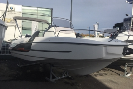Beneteau Flyer 6.6 Spacedeck for sale in France for €36,500 (£31,973)