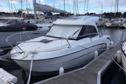 Beneteau Antares 7 OB for sale in France for €52,900 (£46,698)