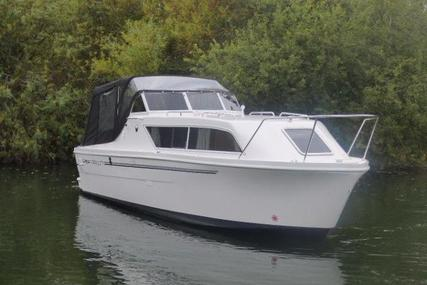 Viking Yachts 275 Open for sale in United Kingdom for £54,185