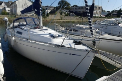 Dufour Yachts 30 Classic for sale in France for €29,500 (£26,461)