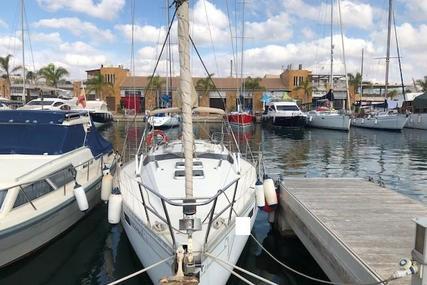 Beneteau Oceanis 350 for sale in Spain for €31,500 (£28,018)