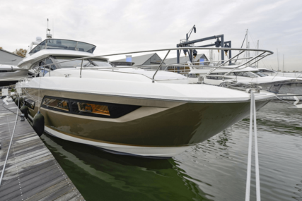 Prestige Yachts 680 flybridge for sale in Netherlands for €1,385,000 (£1,251,152)