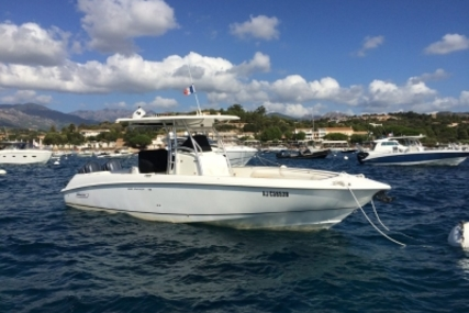 Boston Whaler 320 Outrage for sale in France for €90,000 (£78,993)