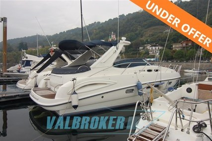 Sealine S38 for sale in Italy for €75,000 (£66,689)