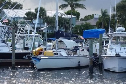 S2 Yachts for sale in United States of America for $16,250 (£12,598)