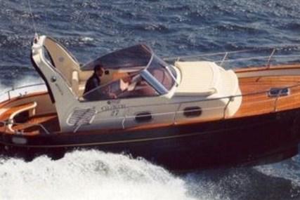 Mimi Libeccio 27 for sale in Italy for €80,000 (£70,622)