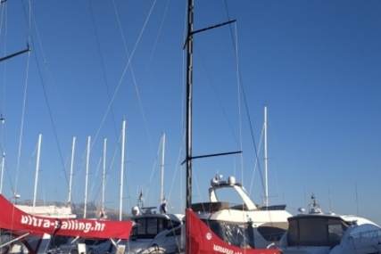 Beneteau FIRST 27 LFTING KEEL for sale in Croatia for 92.500 € (82.275 £)