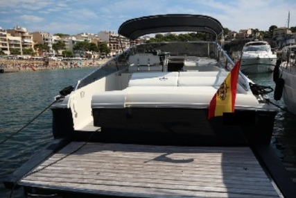 Itama 40 Forty for sale in France for €330,000 (£283,568)