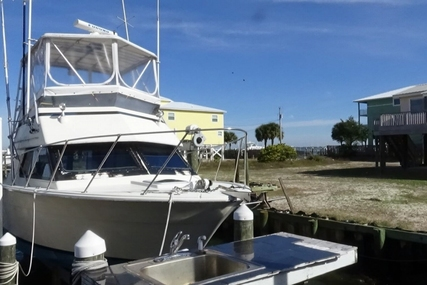 Hatteras 33 for sale in United States of America for $78,000 (£60,564)