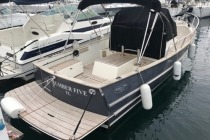 Rhea Marine 750 open for sale in France for €79,000 (£67,603)