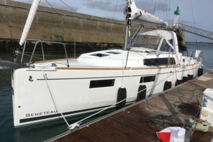 Beneteau Oceanis 35.1 Lifting Keel for sale in France for €145,900 (£128,113)