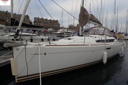 Jeanneau SUN ODYSSEY 379 LIFTING KEEL for sale in France for €135,000 (£118,338)