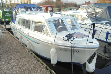 Viking Yachts 23 Narrow Beam 'Lola Bell' for sale in United Kingdom for £16,995