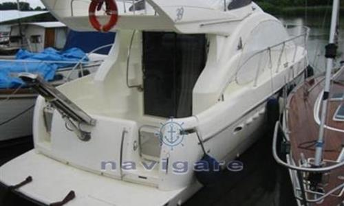 Image of Azimut Yachts 39 for sale in Italy for €125,000 (£109,495) Toscana, Italy