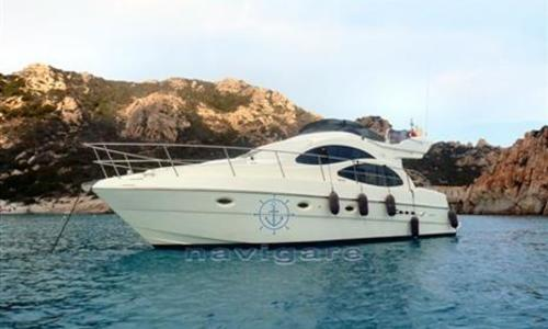 Image of Azimut Yachts AZ 42 for sale in Italy for €220,000 (£193,913) Sardegna, Italy