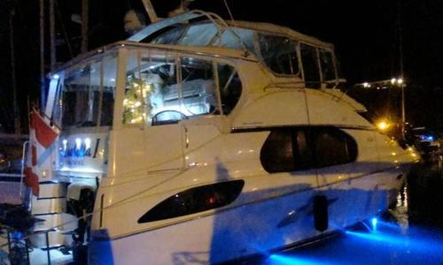 Image of Silverton 43 Motor Yacht for sale in Antigua and Barbuda for $99,900 (£77,512) Jolly Harbour, , Antigua and Barbuda