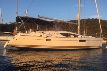 Jeanneau Sun Odyssey 45 DS for sale in France for €172,000 (£147,131)