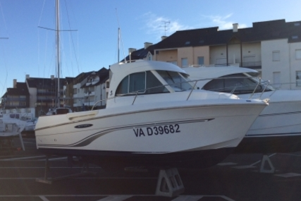 Beneteau Antares 6 Fishing for sale in France for €17,000 (£14,680)