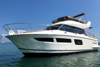 Prestige 350 for sale in France for €174,000 (£153,367)
