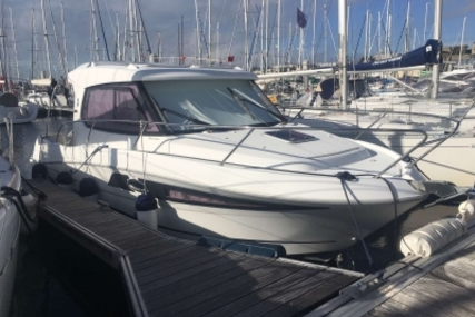 Beneteau Antares 880 HB for sale in France for €57,900 (£49,610)