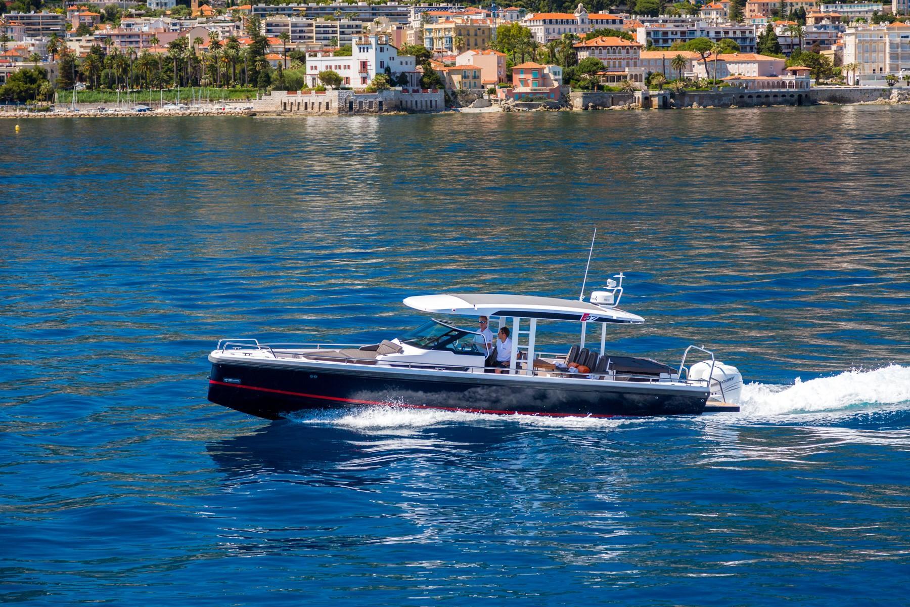 Axopar 37 Sun-Top Chase Boat for sale in Monaco for €217,750