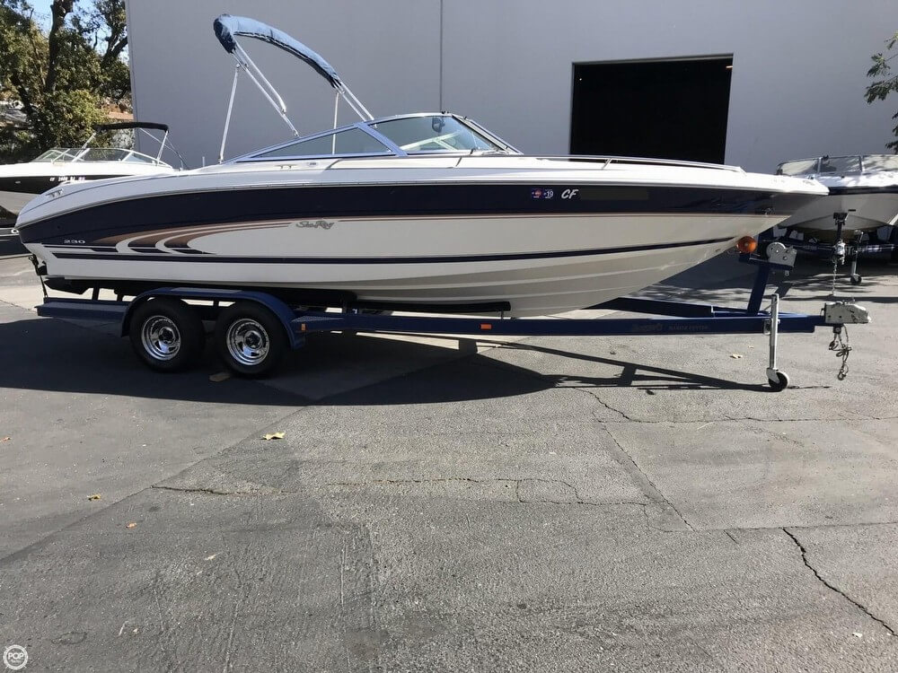 Sea Ray 230 Bow Rider Select Signature for sale in United