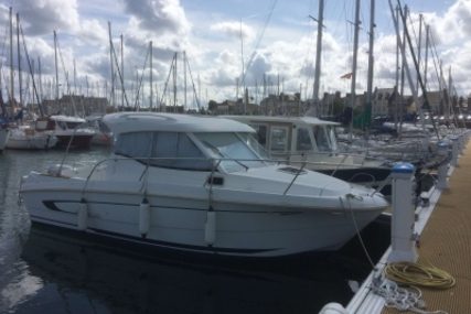 Beneteau Antares 750 HB for sale in France for €28,000 (£25,152)