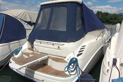 Sealine S34 for sale in Italy for €85,000 (£74,829)