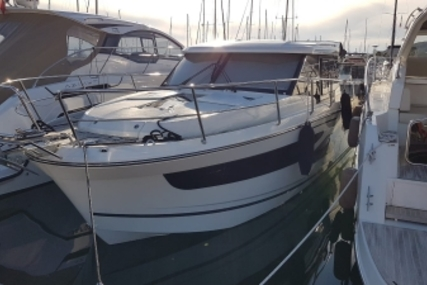 Jeanneau Merry Fisher 1095 for sale in France for €180,000 (£159,195)