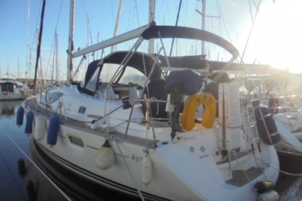 Jeanneau Sun Odyssey 42 DS for sale in France for €110,000 (£95,641)