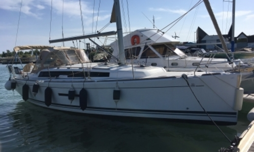 Image of Dufour Yachts 380 Grand Large for sale in France for €117,000 (£102,512) LE CAP D'AGDE, France
