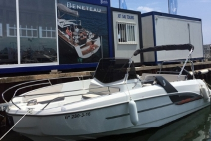 Beneteau Flyer 7.7 Spacedeck for sale in France for €54,900 (£48,497)