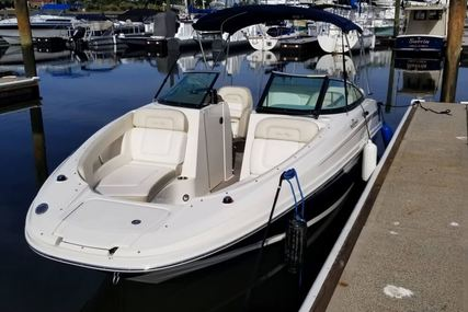 Sea Ray Sundeck 220 for sale in United States of America for $38,000 (£29,443)