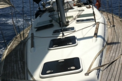 Beneteau Oceanis 393 for sale in France for €82,000 (£73,660)