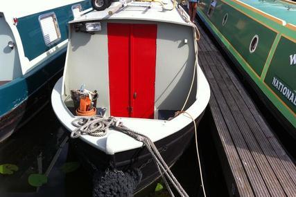 Under Offer Mole 30ft cruiser stern built by Hancock & Lane for sale in United Kingdom for £17,995