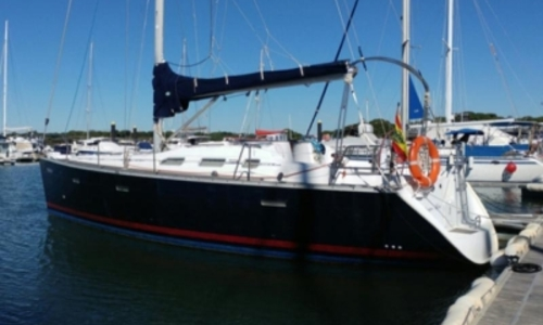 Image of Beneteau Oceanis 393 for sale in Portugal for €69,000 (£60,912) ALGARVE, Portugal