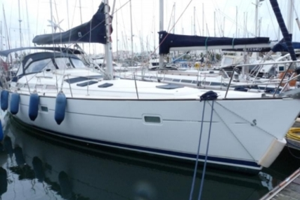 Beneteau Oceanis 423 for sale in Portugal for €118,500 (£106,459)