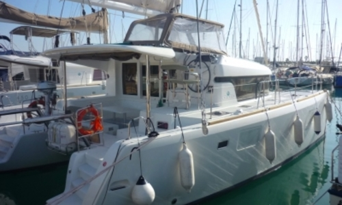 Image of Lagoon 39 for sale in Spain for €245,000 (£211,630) ALICANTE, Spain