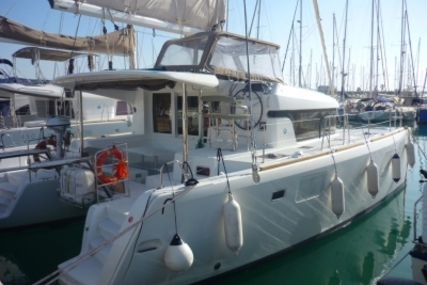 Lagoon 39 for sale in Spain for €245,000 (£214,611)