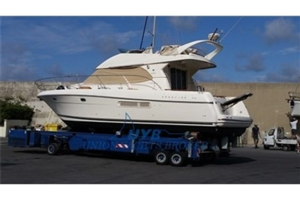 Prestige 36 for sale in Italy for €90,000 (£81,203)