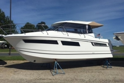 Jeanneau Merry Fisher 855 for sale in France for €64,000 (£57,483)