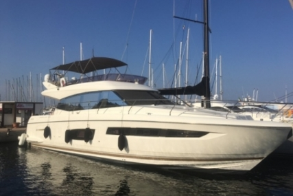 Prestige 550 for sale in France for €630,000 (£568,418)