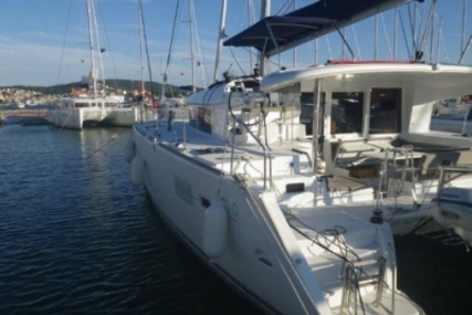 Lagoon 400 S2 for sale in Greece for €230,000 (£206,630)