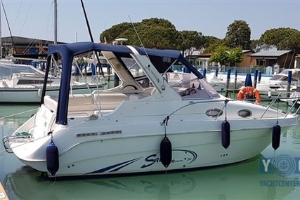 Saver Riviera 24 for sale in Italy for €26,500 (£23,807)