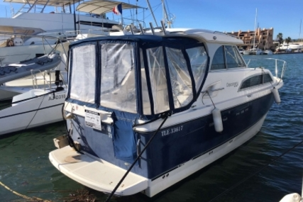 Bayliner Discovery 246 for sale in France for €27,000 (£23,096)
