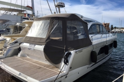 Jeanneau Leader 40 for sale in France for €309,000 (£274,935)