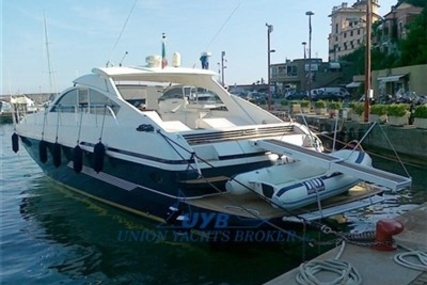Pershing 60 for sale in Italy for €160,000 (£143,743)